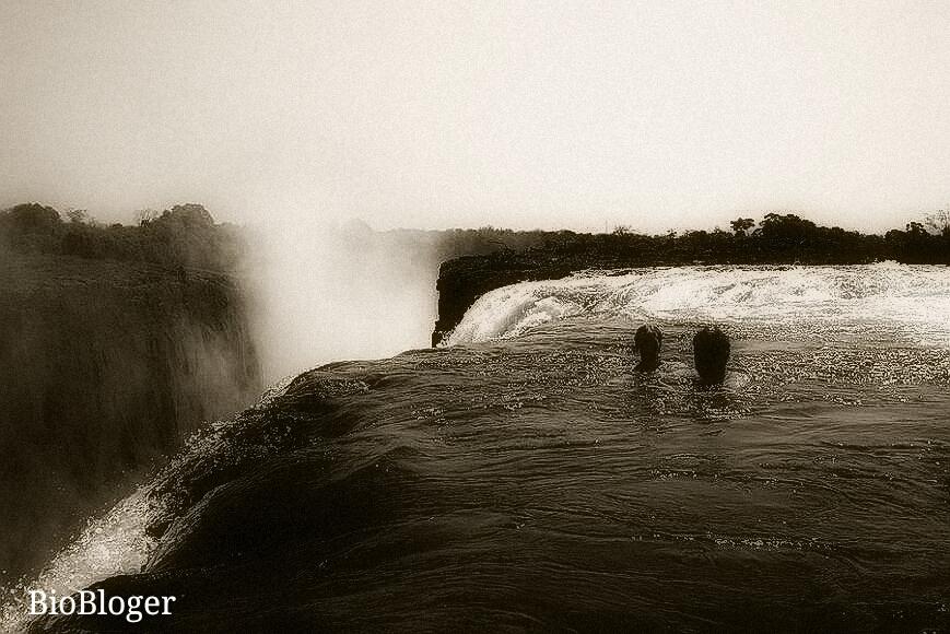 Бассейн Дьявола на водопаде Виктория