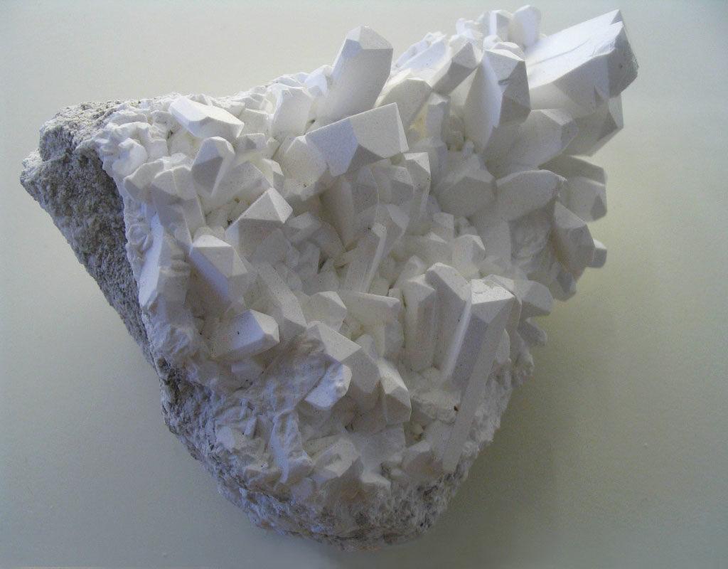 Бор в виде кристалла