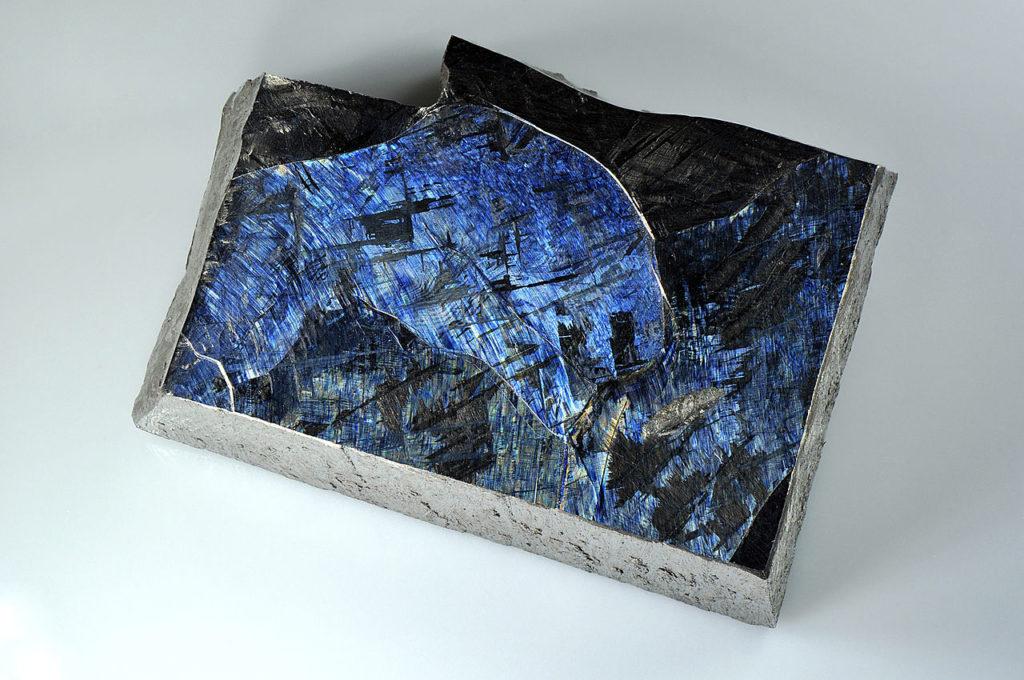 Титан в виде кристалла