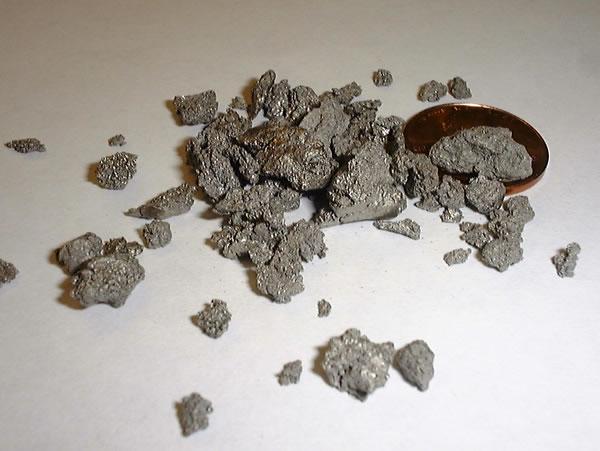 Титан в виде порошка
